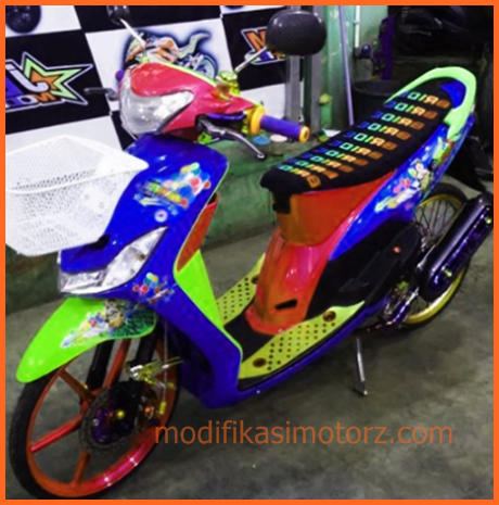 modifikasi-motor-matic-thailook-style