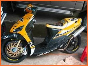 mio-sporty-modifikasi-warna-kuning-racing-style