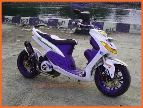 modifikasi-motor-mio-sporty-2009-putih-biru