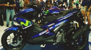 modifikasi-motor-aerox-155-movistar-biru