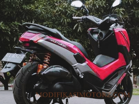 foto-modifikasi-yamaha-nmax-merah-cutting-simple
