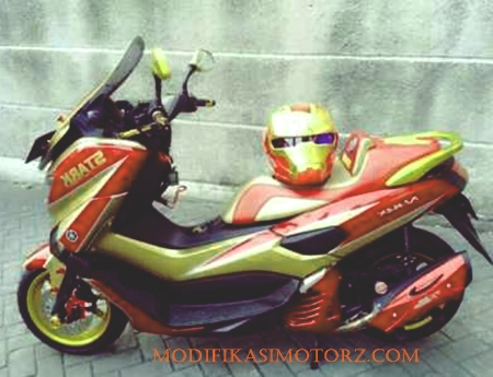 modifikasi-nmax-merah-2018-iron-man-style