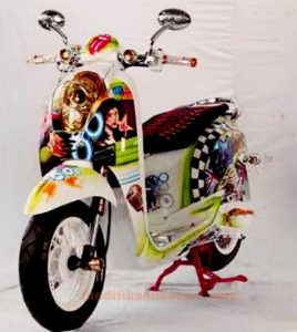 gambar-modifikasi-motor-scoopy-simple-airbrush-grafis