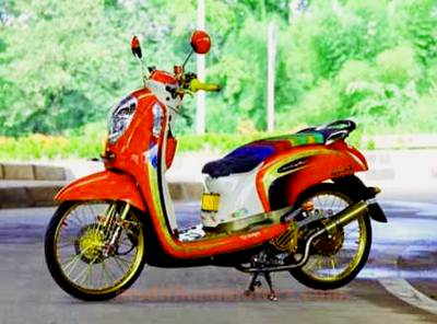 gambar-modifikasi-motor-scoopy-simple