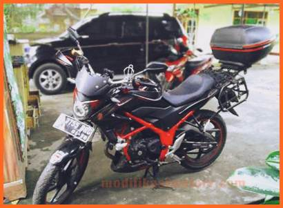 modifikasi-motor-honda-cb150r-touring