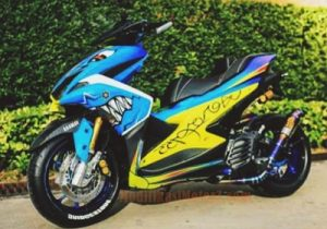 modifikasi-aerox-155-gaya-shark-biru
