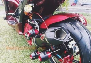 modifikasi-aerox-155-merah-kanlpot-racing