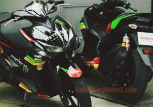 modifikasi-motor-aerox-155-hitam-monster-tech3-motogp