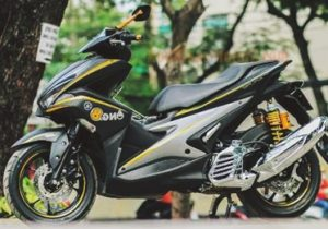 modifikasi-motor-aerox-155-warna-hitam
