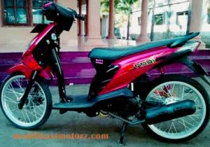 modifikasi-motor-beat-karbu-warna-merah