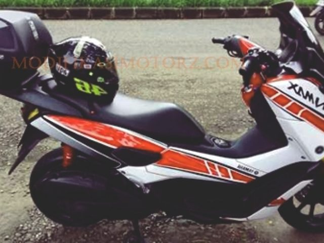 modifikasi motor yamaha nmax warna putih striping merah
