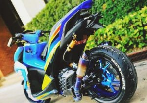 modifikasi-yamaha-aerox-155-biru-shark-edition